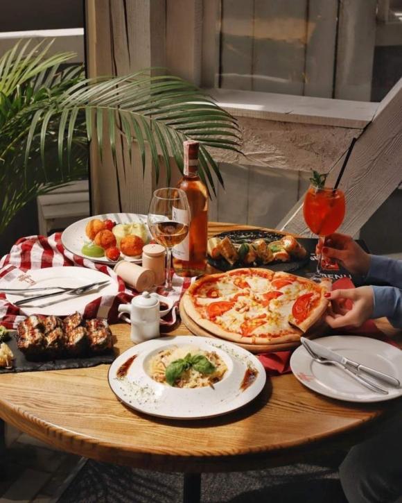 """Семейный ужин в пиццерии """"Don Gustavo"""""""