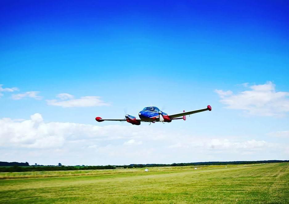 Політ у Львові на літаку Morava L-200D на чотирьох