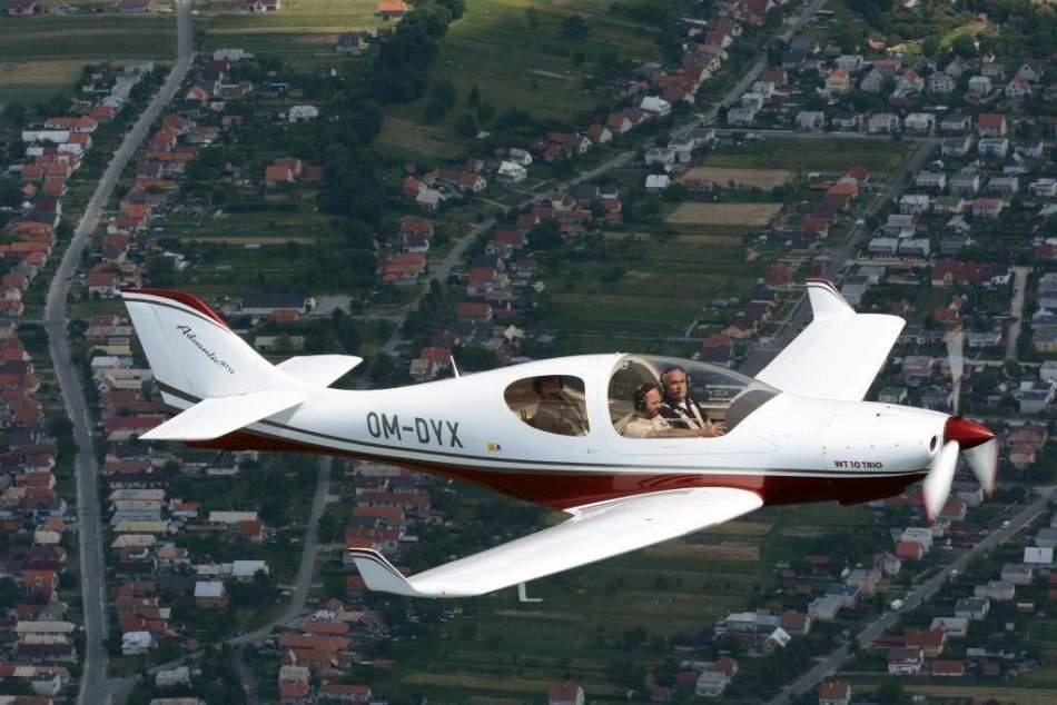 Політ на літаку WT 10 для трьох