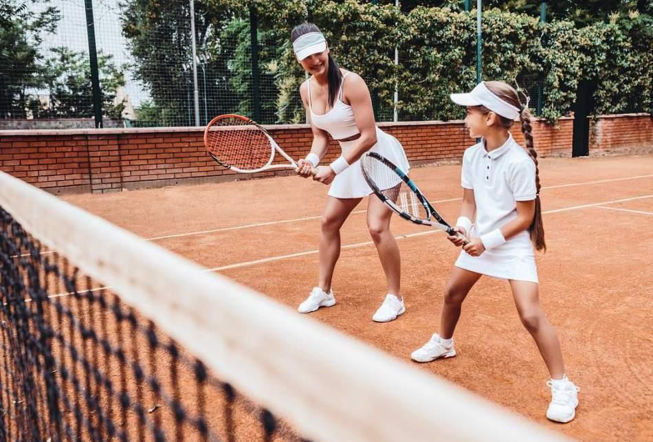 Гра у великий теніс на компанію