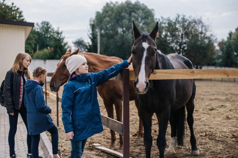 """Катання на конях та оглядова екскурсія по комплексу """"Тамерлан"""""""