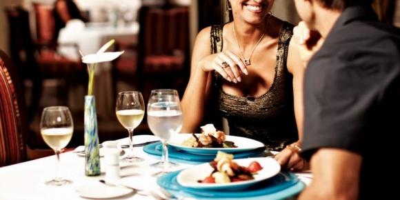Романтична вечеря з уроком верхової їзди