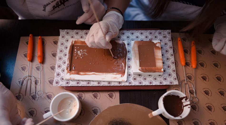 Майстер-клас з виготовлення шоколаду для закоханих