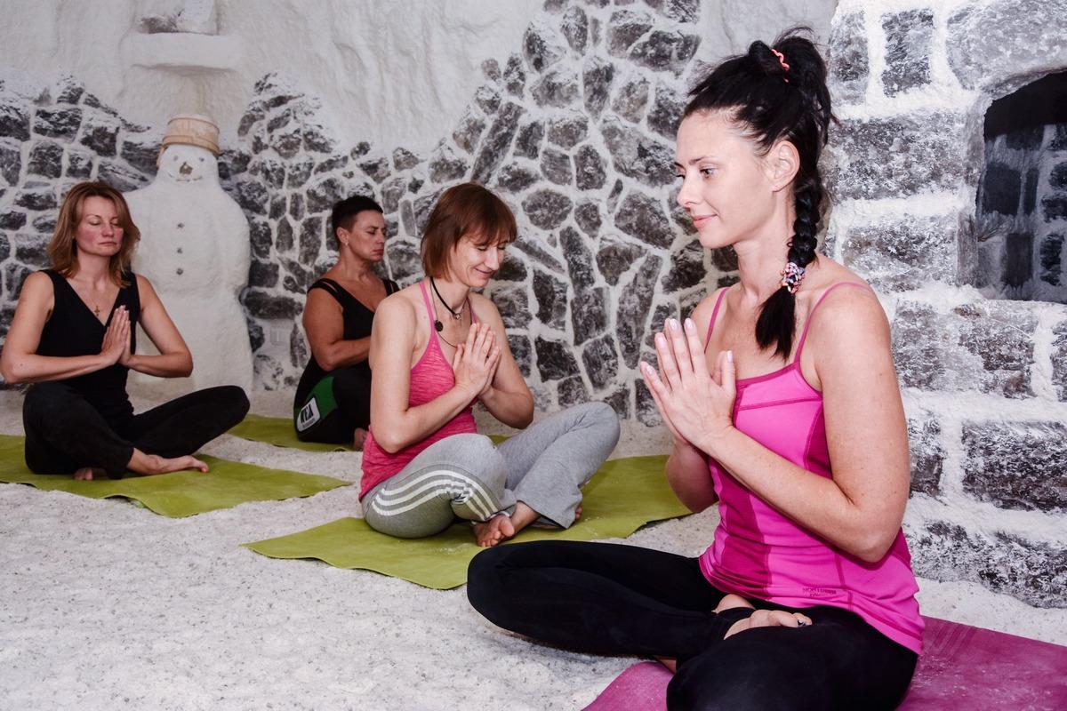 Йога в соляній печері «Чудо-Сіль»