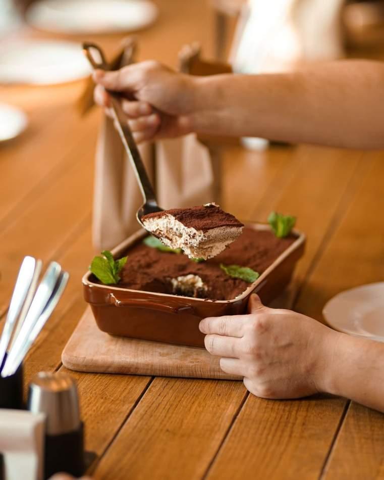 Сімейна вечеря в ресторані італійської кухні «FABBRICA»