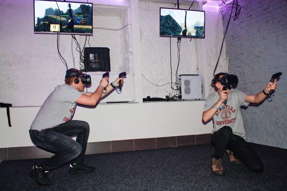 Гра у віртуальну реальність на двох