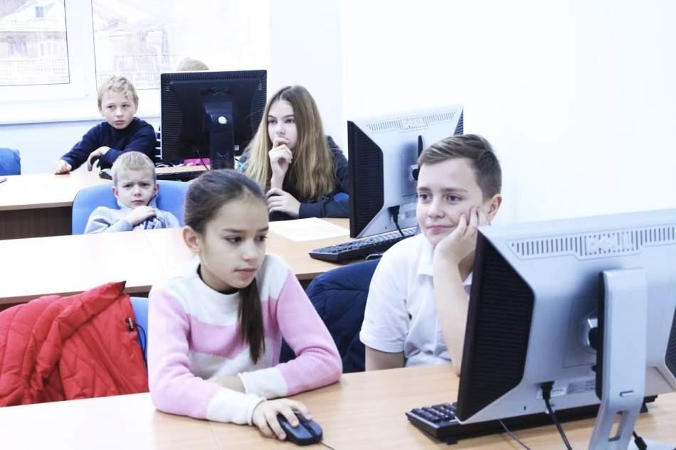 """Дитячий курс """"Програмування Kodu Game Lab"""""""