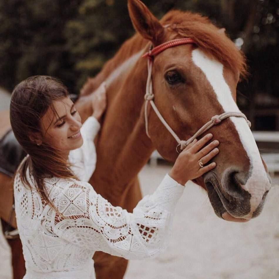 Катання на конях