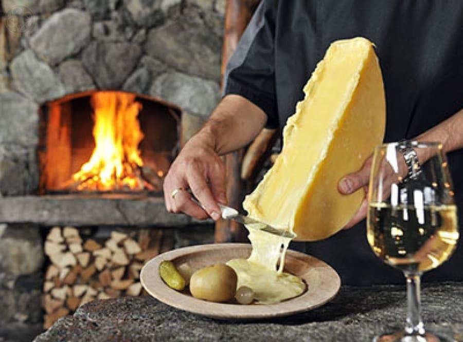 Дегустація вина та сиру у Тернополі