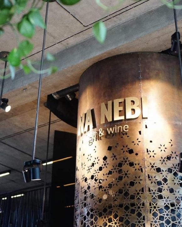 Романтична вечеря в ресторані «NA NEBI»