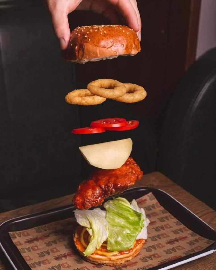 """Бургер-день на компанію в барі """"Пасаж Адлера"""""""