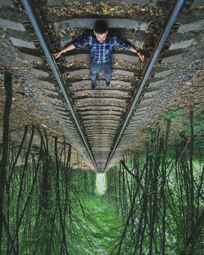 Романтична подорож в тунель кохання