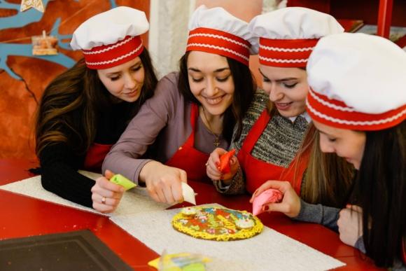 Сімейний майстер-клас з виготовлення пряників у Львові