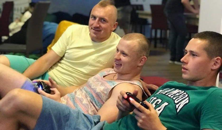 PlayStation 4 для компании